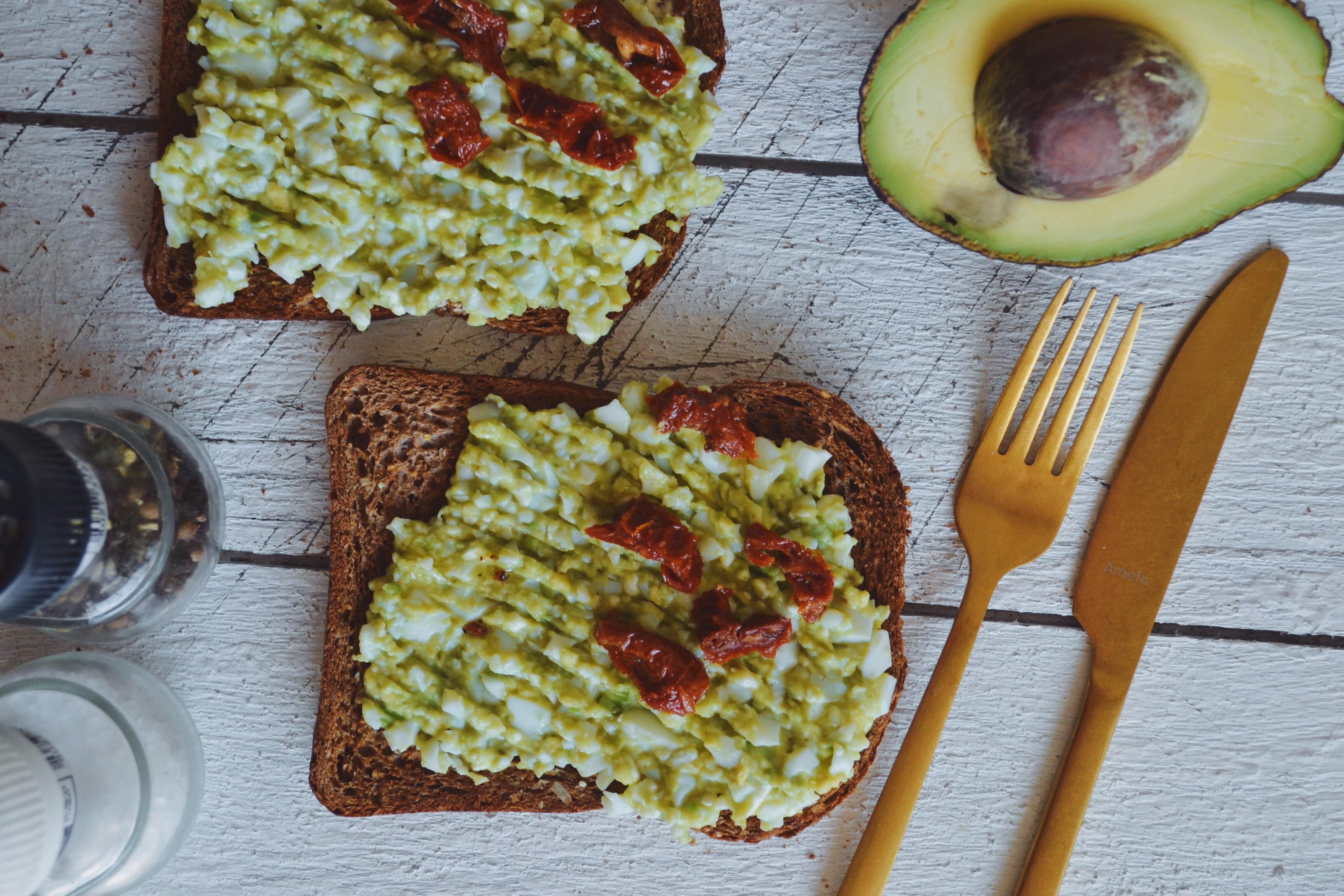 Recept: truffel ei & avocado salade